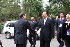 四川省人大副主任杨志文热烈欢迎全国政协副主席白立忱参加